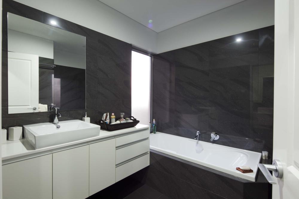 luxury bathroom, classic white on dark.